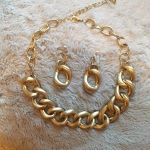 "Jewelry - Gold necklace earring set. ""Chain link"" pattern"